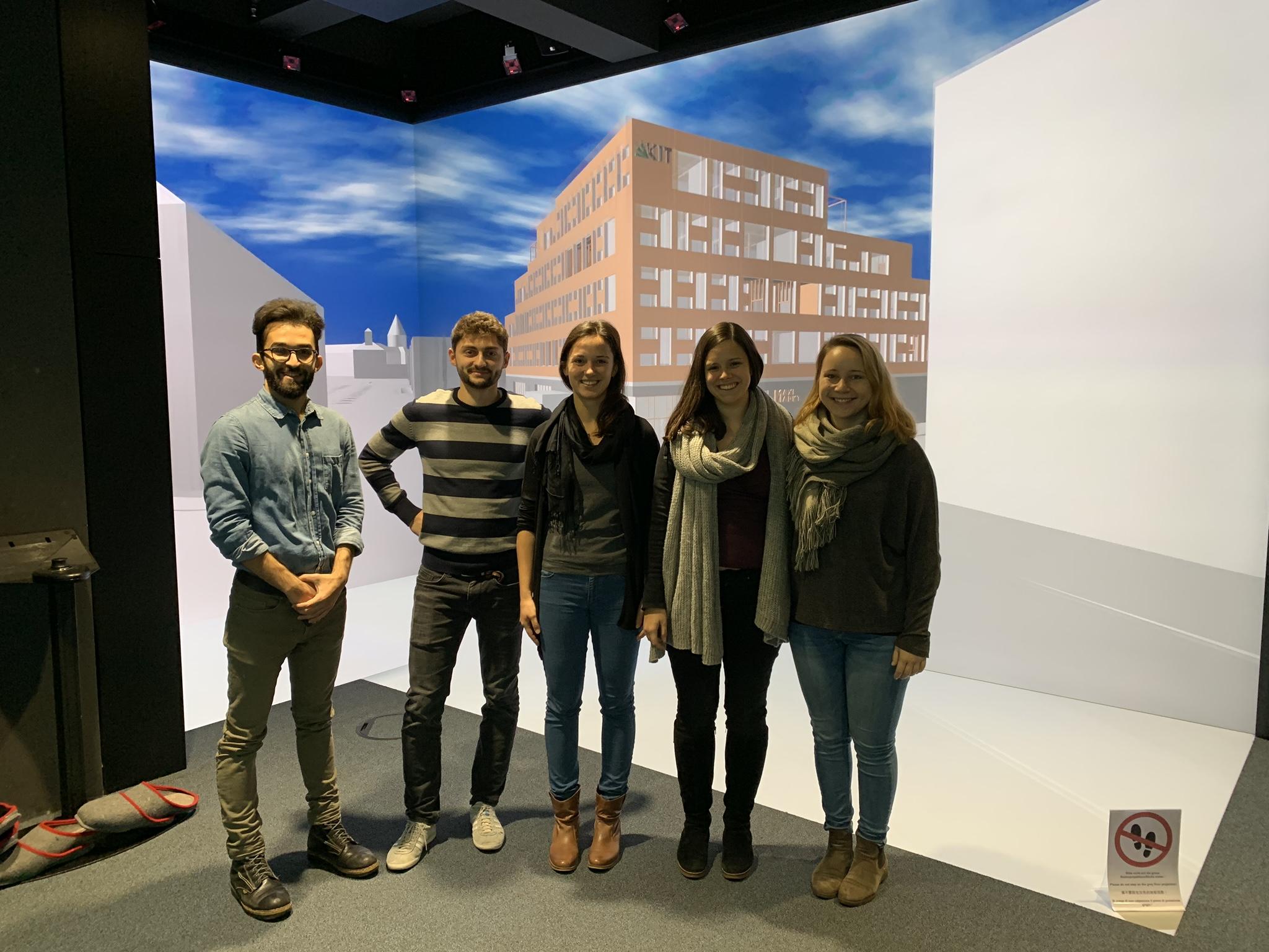 Beste Absolventengruppe zu Besuch im Immersive Engineering Lab